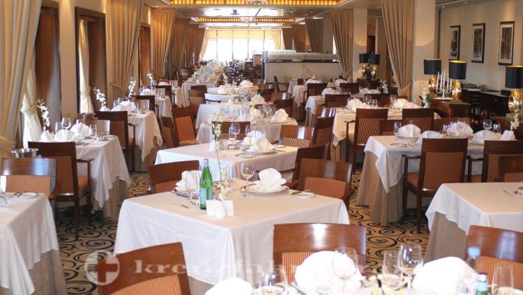 Queen Mary 2 - Queens Grill Restaurant