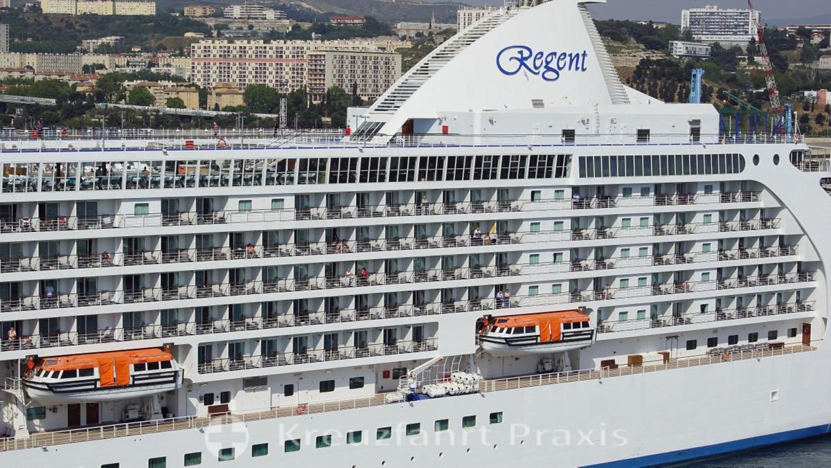 regent 828 seven seas voyager marseille