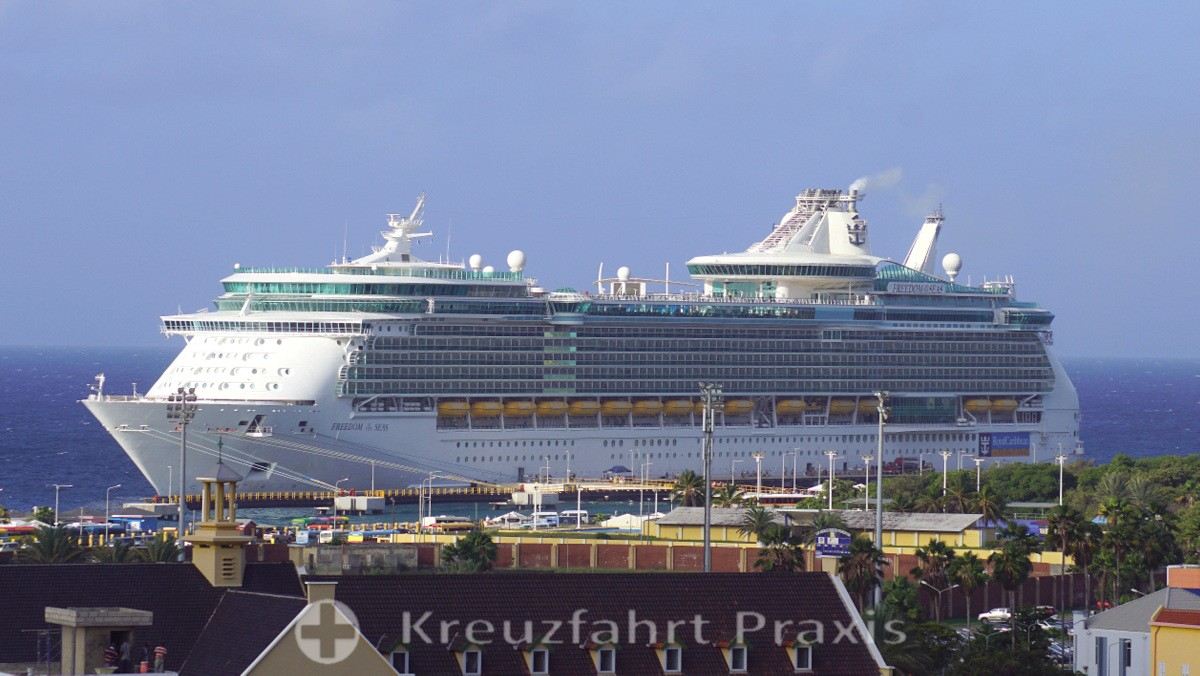 Royal Caribbean - Freedom of the Seas/Willemstad