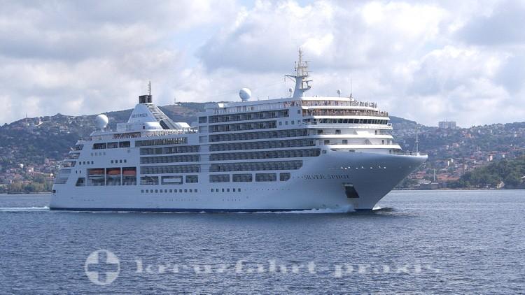 Silversea Cruises - Silver Spirit auf dem Bosporus