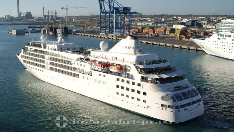 Silversea Cruises - Silver Wind in Civitavecchia