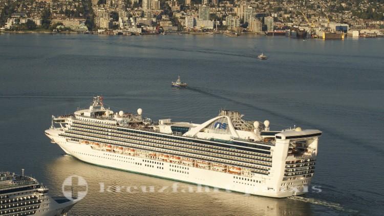 Star Princess verlässt Vancouvers Hafen