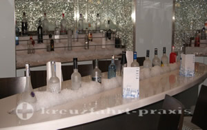 Celebrity Equinox - Martini Bar & Crush
