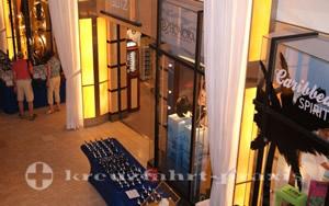 Celebrity Equinox - Läden auf Deck 4