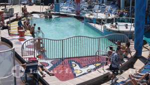 Mariner of the Seas - Pool