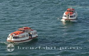 Mein Schiff 1 - Tender vor Guernsey