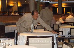 Mein Schiff 1 - Restaurant Atlantik - Tischkellner Mehmet