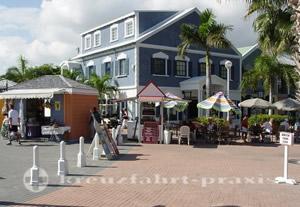 Sint Maarten - Läden in der Pierzone