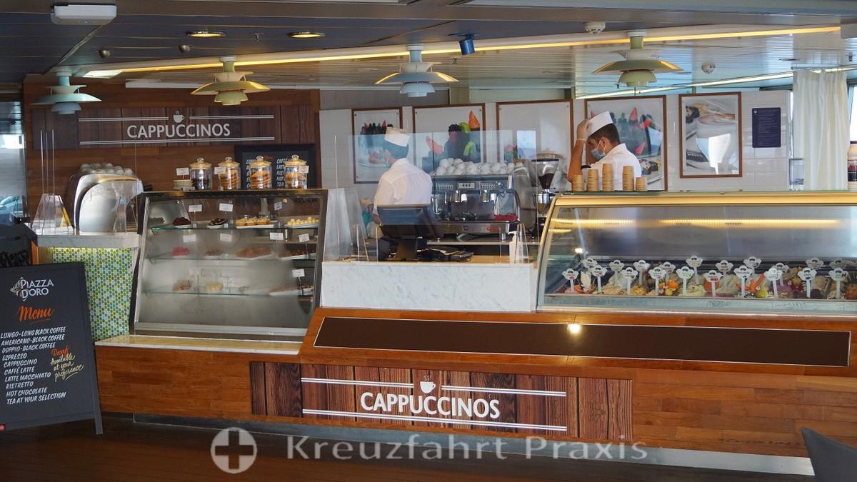 VASCO DA GAMA - pool deck - cappuccinos