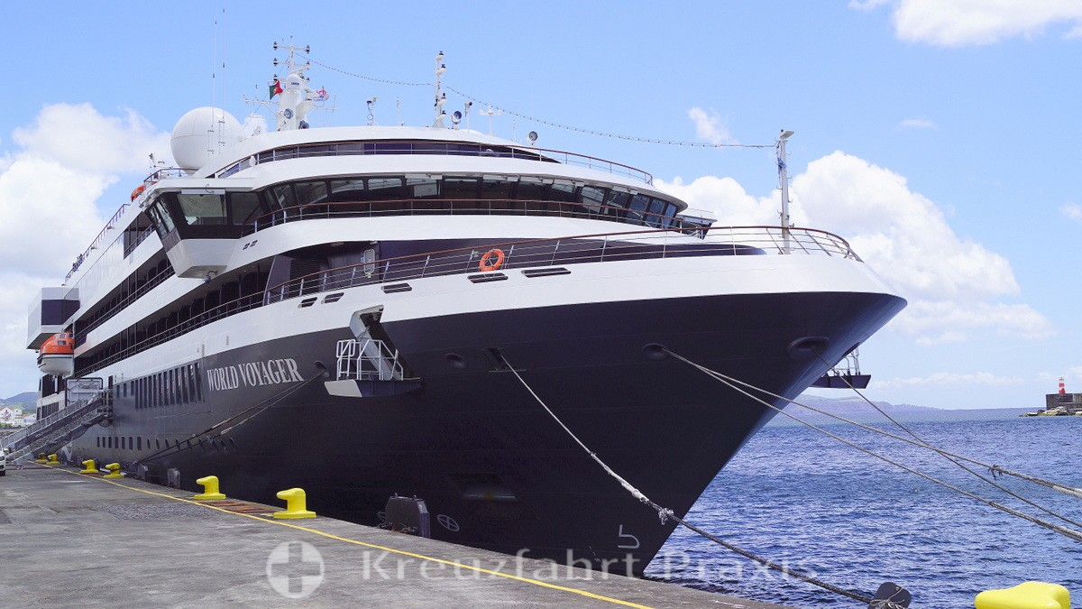 Cruise ship WORLD VOYAGER: crew members infected with corona
