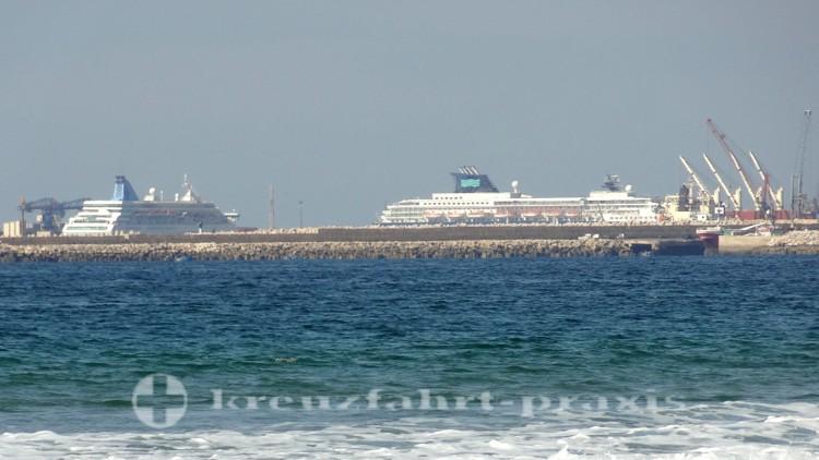 Kreuzfahrtschiffe im Industriehafen von Agadir