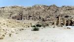 Petra - Ebene mit Kolonadenreihe