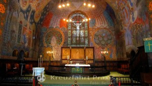 Der Altar der Ålesund Kirke