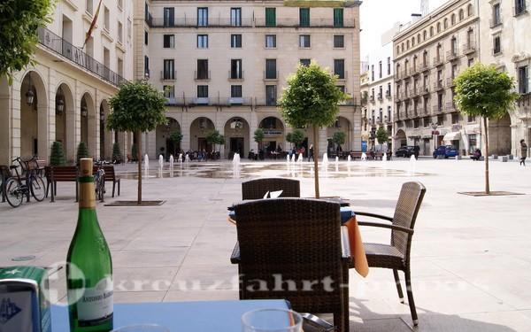 Alicante - Plaza de la Ayuntamiento