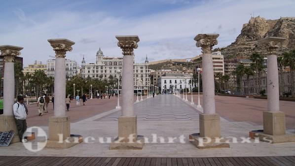 Alicante Hafenpromenade