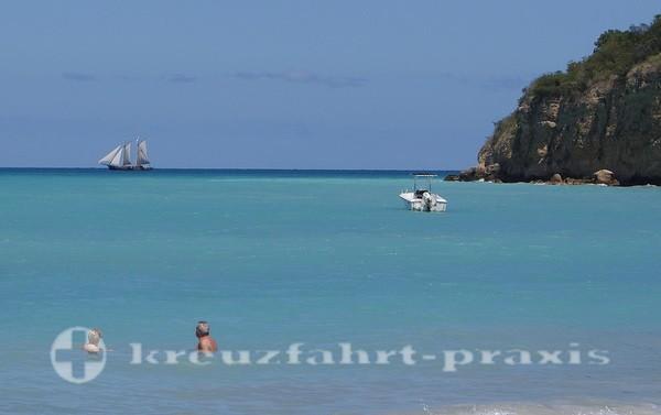 Badebucht auf Antigua