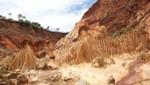 Madagaskar - Sandsteinnadeln der Tsingy Rouge