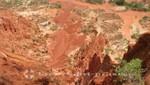 Madagaskar - Benachbarter Canyon mit Sandsteinnadeln
