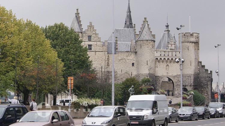 Het Steen - Antwerpens ältestes Bauwerk