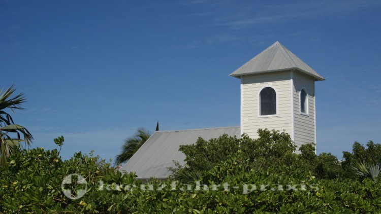 Bahamas - Half Moon Cay - Die Bahamian Church