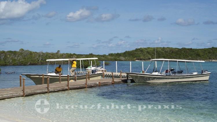 Bahamas - Half Moon Cay - Warten auf die Tauchsportler
