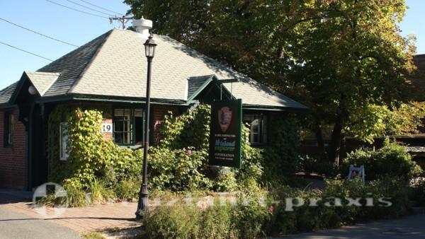 Bar Harbor - Hier kauft man Eintrittskarten für den Acadia National Park