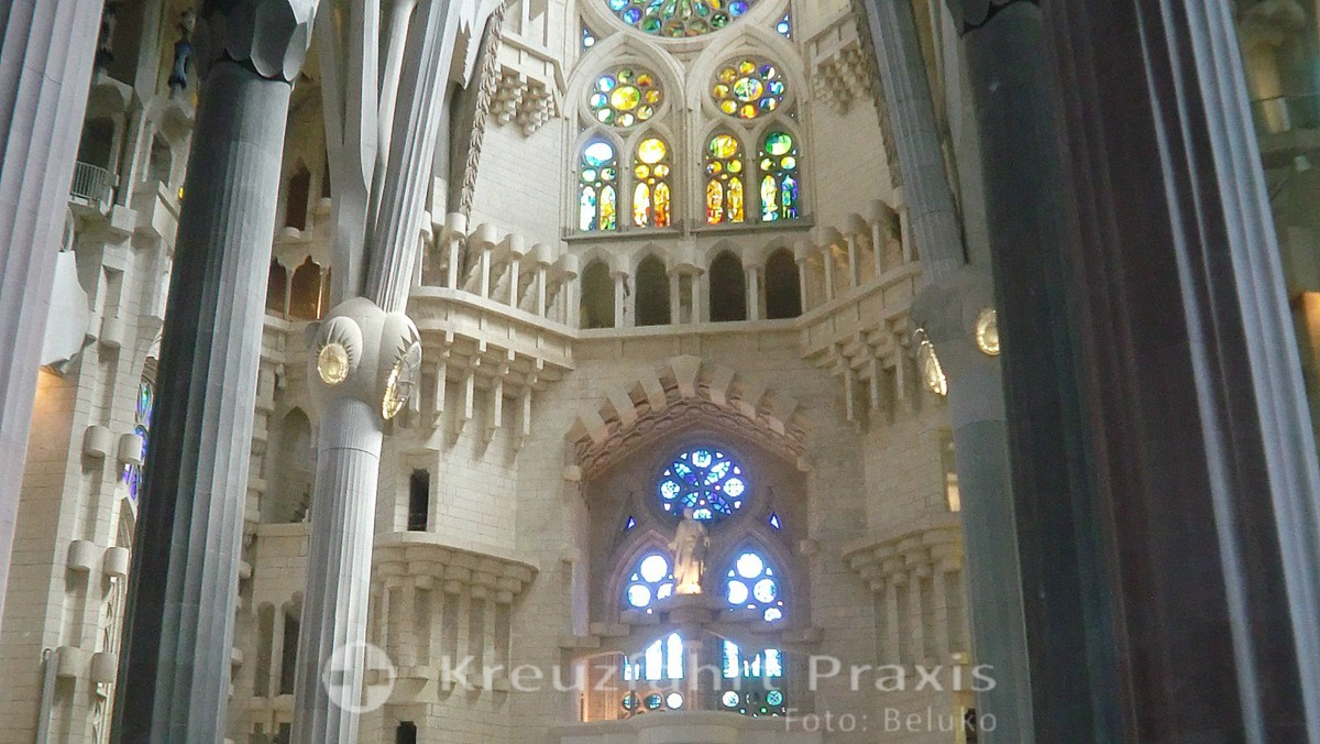 Sagrada Familia - plays of light