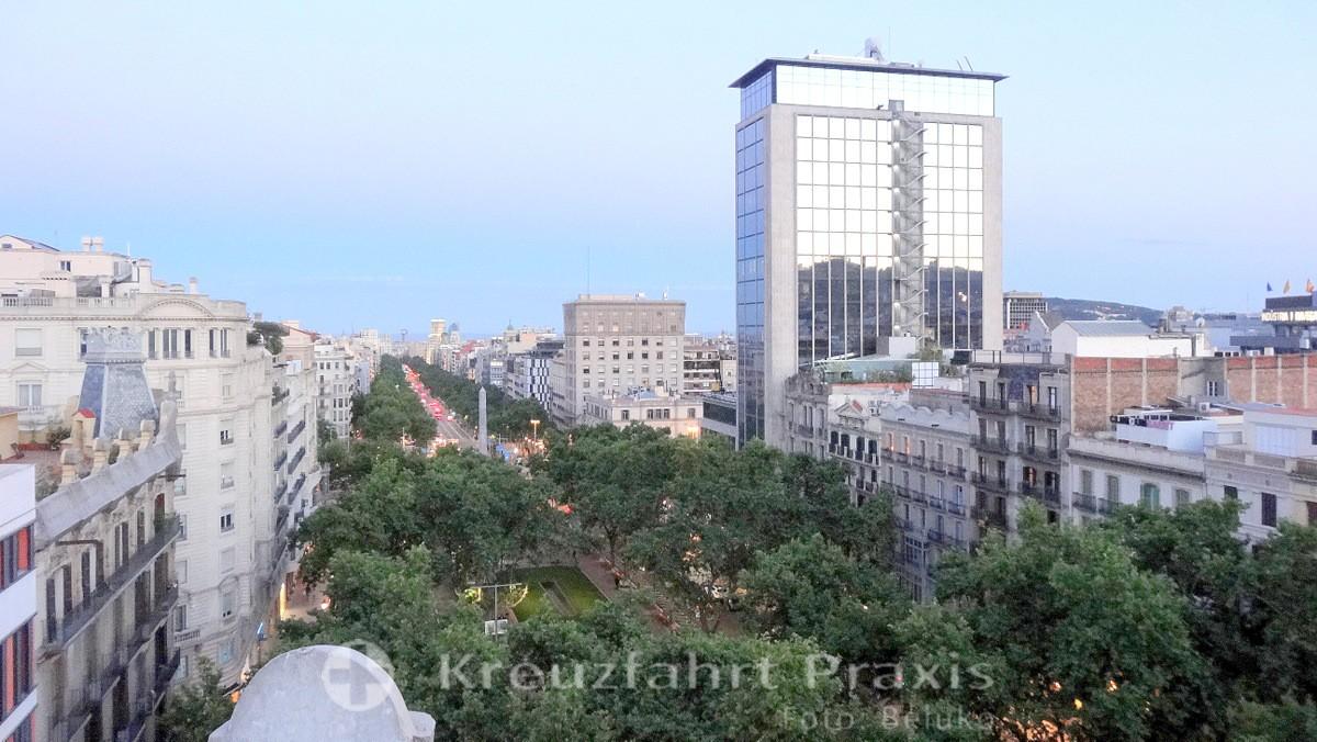 Barcelona - Blick auf den Passeig de Gràcia