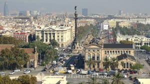 Barcelona - im Zentrum das Monumento a Colon