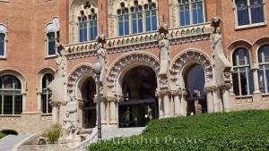 Hospital de la Santa Creu i Sant Pau - Details des Haupteingangs