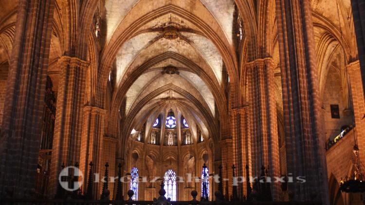 Kirchenschiff der Kathedrale
