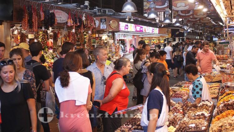 Verkaufsstände im Mercat de la Boqueria