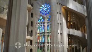 Sagrada Familia - Kirchenschiff
