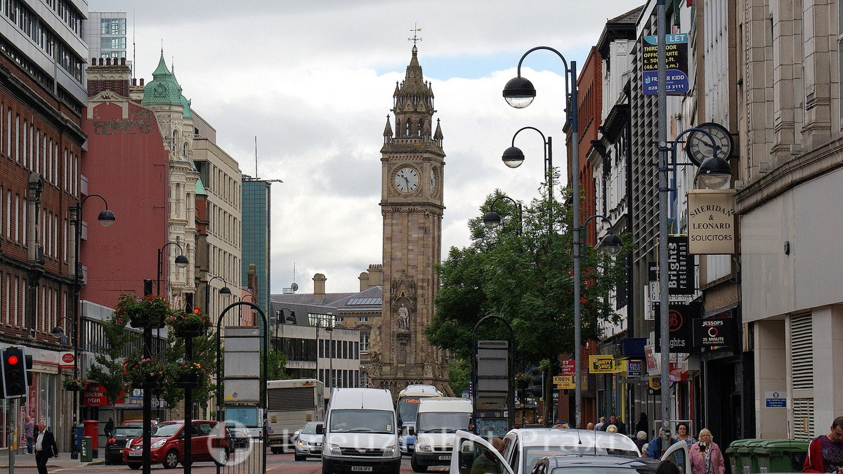 Belfast - der Albert Memorial Clock Tower