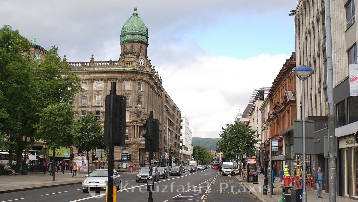 Repräsentative Bauten in Belfasts Zentrum
