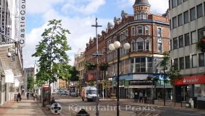 Belfast - Geschäftshäuser in der Royal Ave