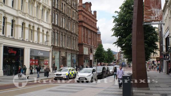 Belfast - Ladengeschäfte am Donegall Place