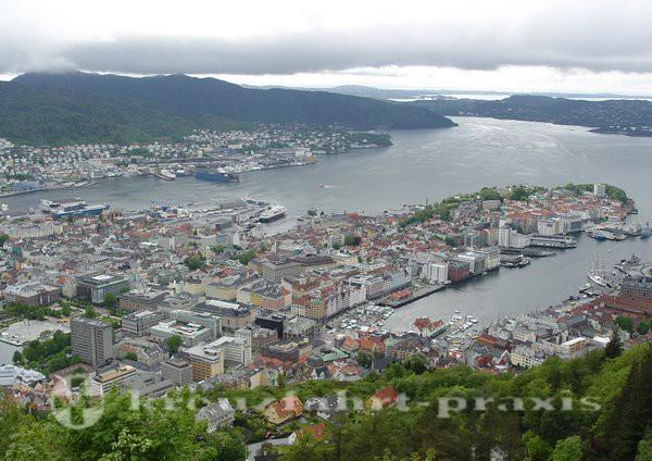 Bergen - Blick auf die Stadt vom Hausberg Floien