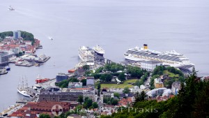 Bergen - view of the cruise ships