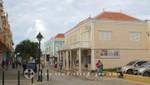 Bonaire - Kralendijk - Häuserzeile im Zentrum