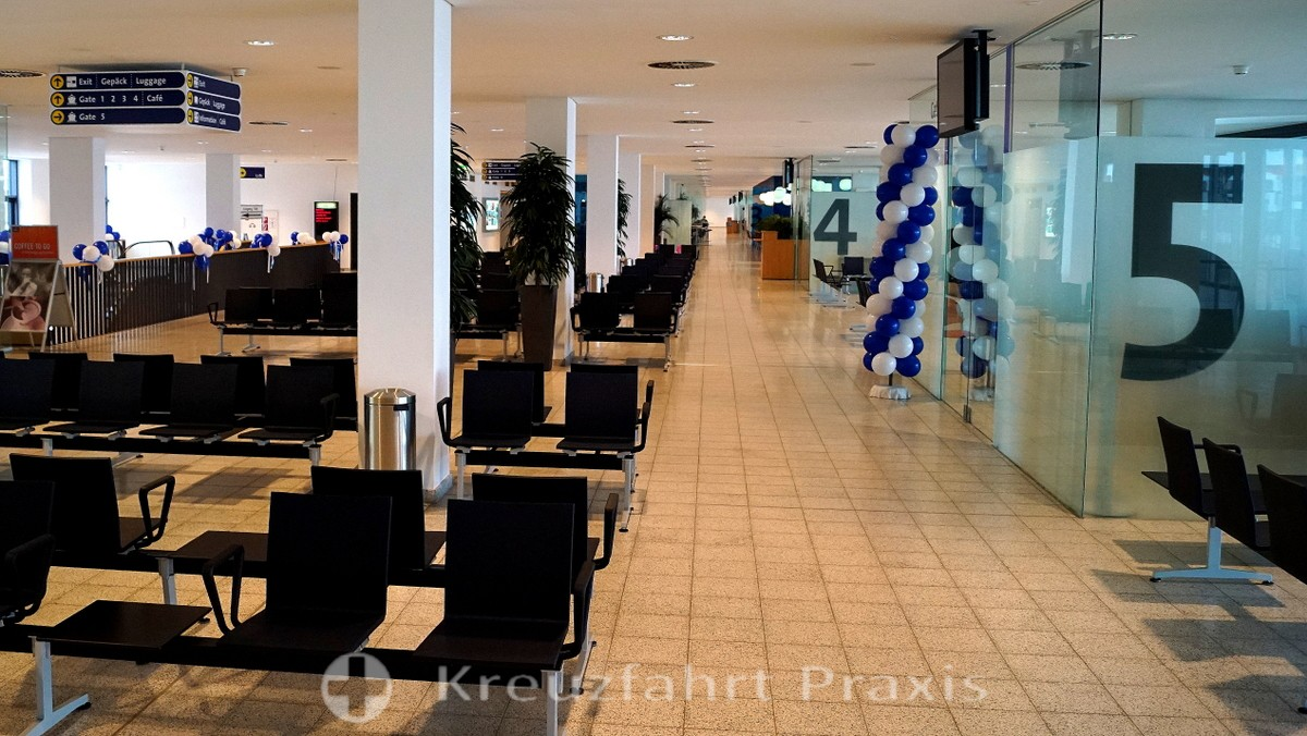 Waiting area in the Columbuskaje cruise terminal