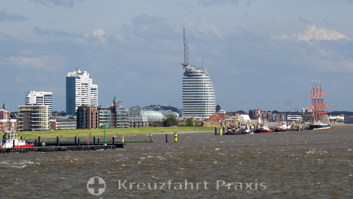 Bremerhaven seen from the ship