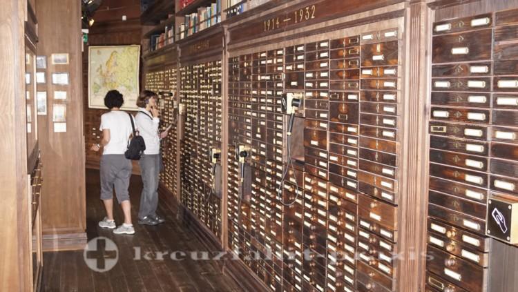 Deutsches Auswandererhaus - Endlose Namenslisten