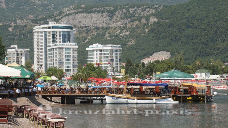 Budva - Hotels und Strandleben