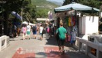 Budva - Verkaufsstände an der Strandpromenade
