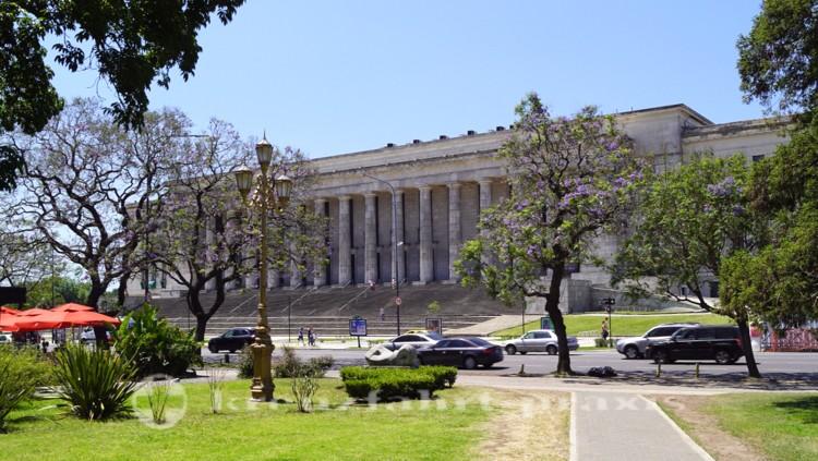 Die Rechtswissenschaftliche Fakultät der UBA