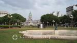 Parkanlage mit dem Palacio del Congreso