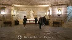 Kathedrale vom Heiligen Kreuz - Krypta