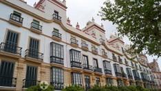 Plaza Argüelles mit dem Haus der fünf Türme