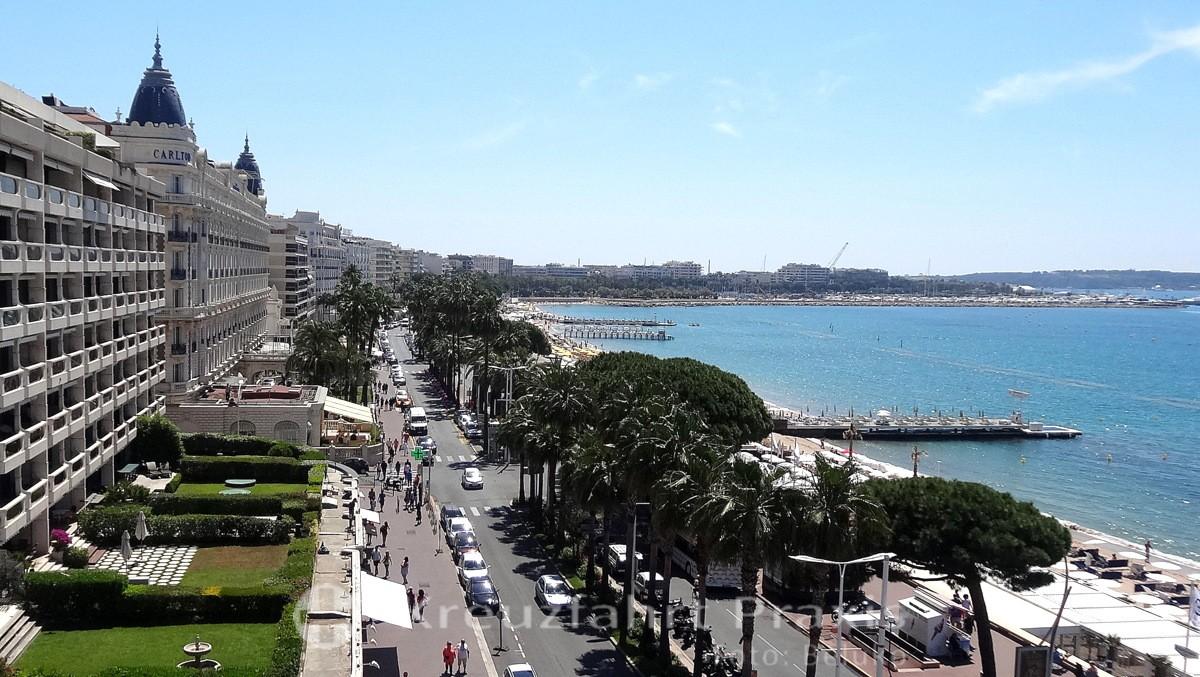Boulevard de la Croisette und Hotel Carlton